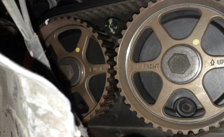 09 pt cruiser only starts if camshaft is unplugged pt cruiser forum if no joy pull the valve cover that see if the timing dowel holes are both pointed straight up if not but the sprockets are aligned you may have sheared sciox Images