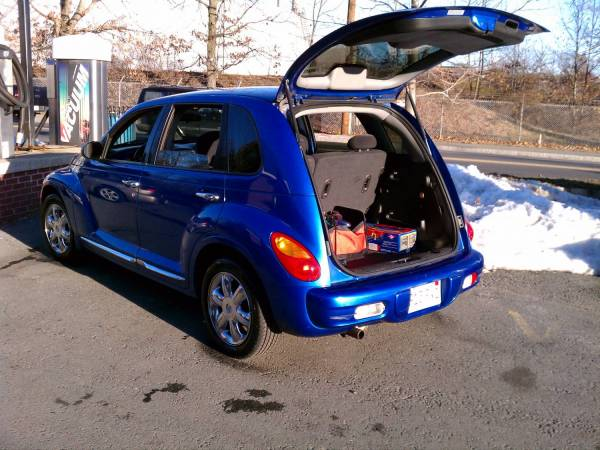 2004 Chrysler Pt Cruiser Touring Edition Stock Atm Electric Blue Pearl Looked That One Up From The Dealer